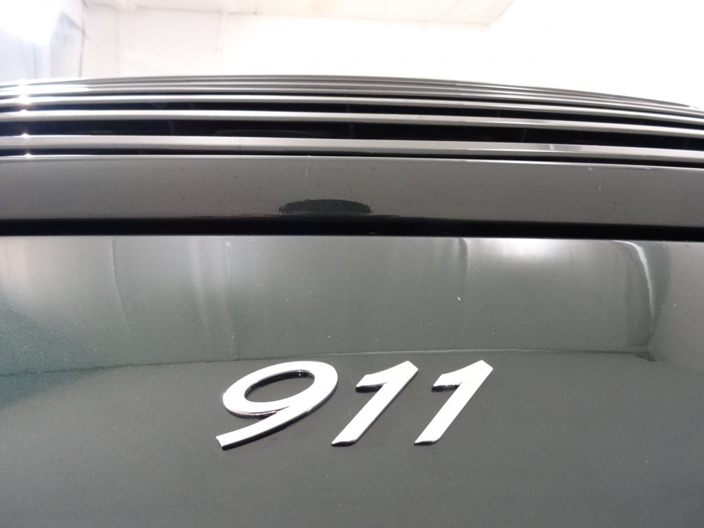 21052573 27